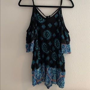 Super cute blue patterned romper!!